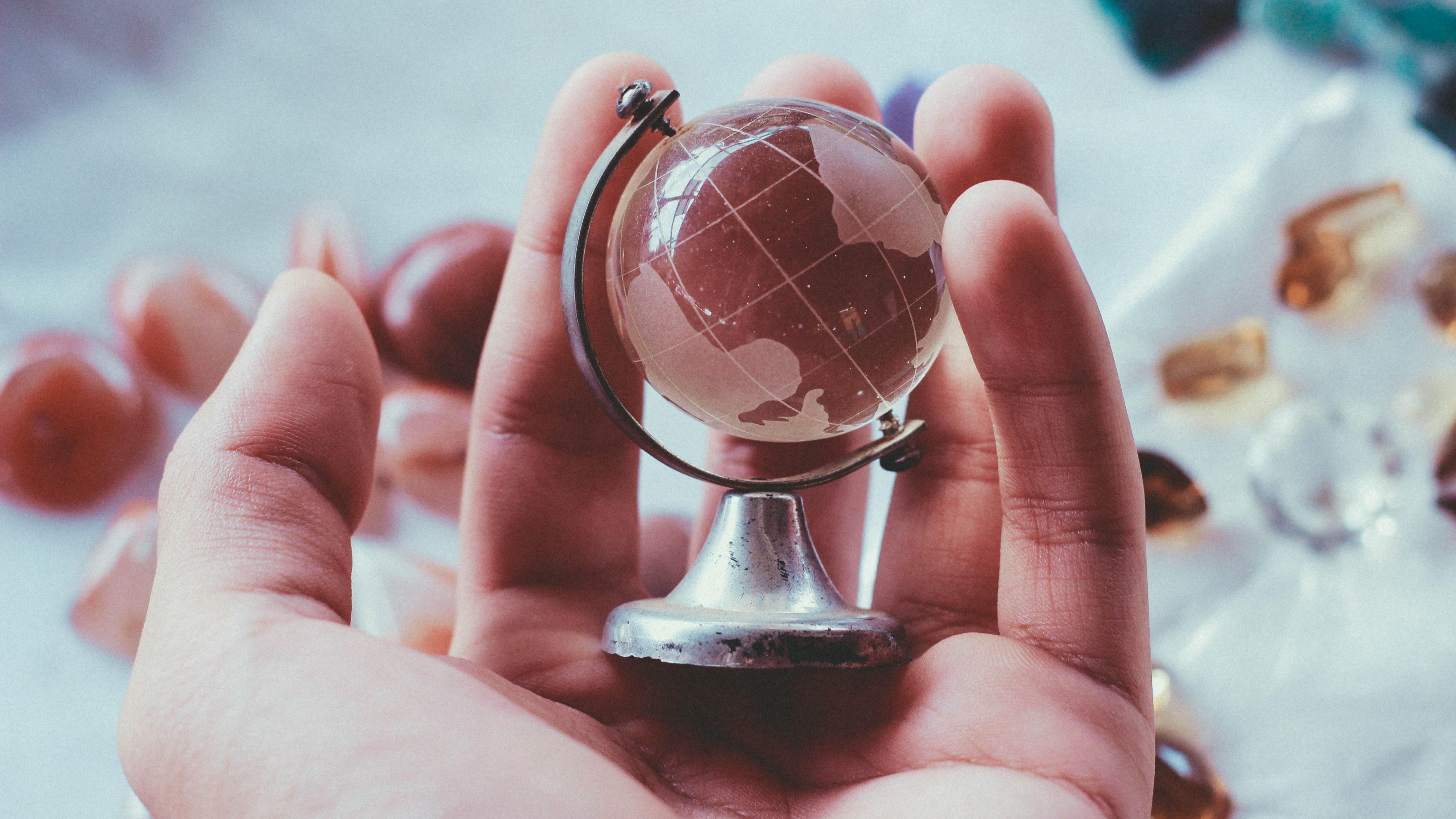 Think Globally, Act Locally!偕同客戶進軍海外市場